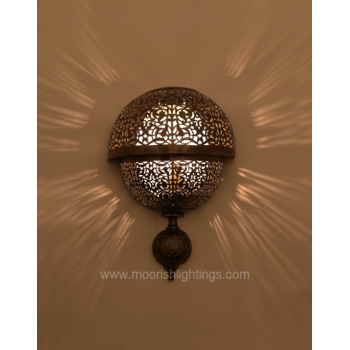 Modern Moroccan Sconce 01