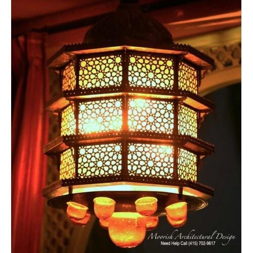 Traditional Moroccan Lantern 02